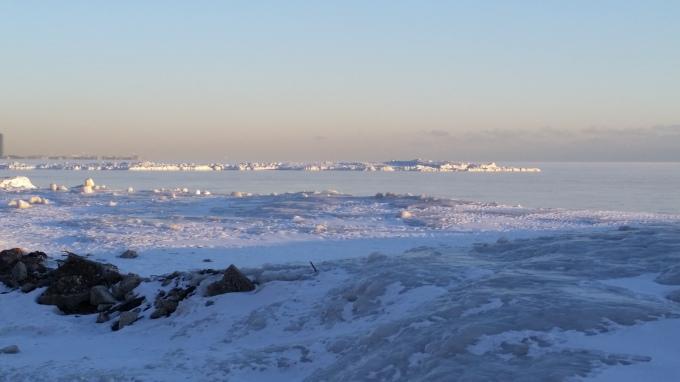 43d - Pebble Beach - Shipwreck iceberg